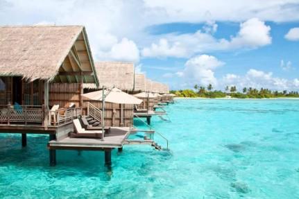 Embudu-Village-Hotel-Resort-Malediven-1024x683.jpg